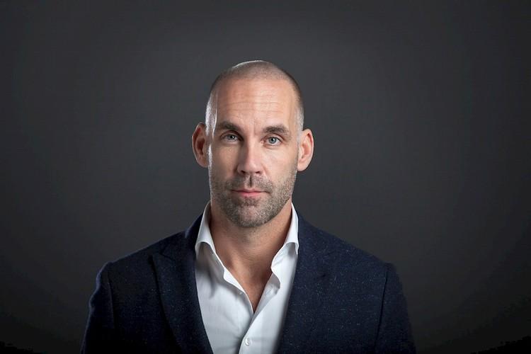 Richard van Hooijdonk (NL)